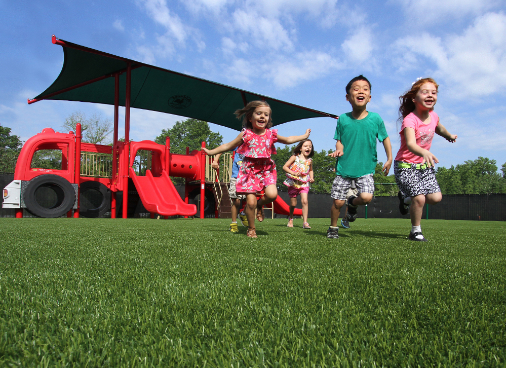 Synthic Turf & Grass for Playgrounds